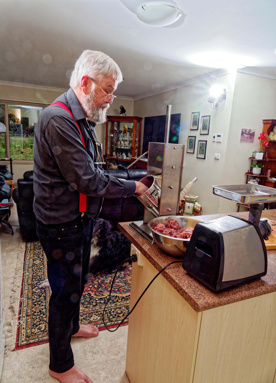 Making-sausages-16.jpeg