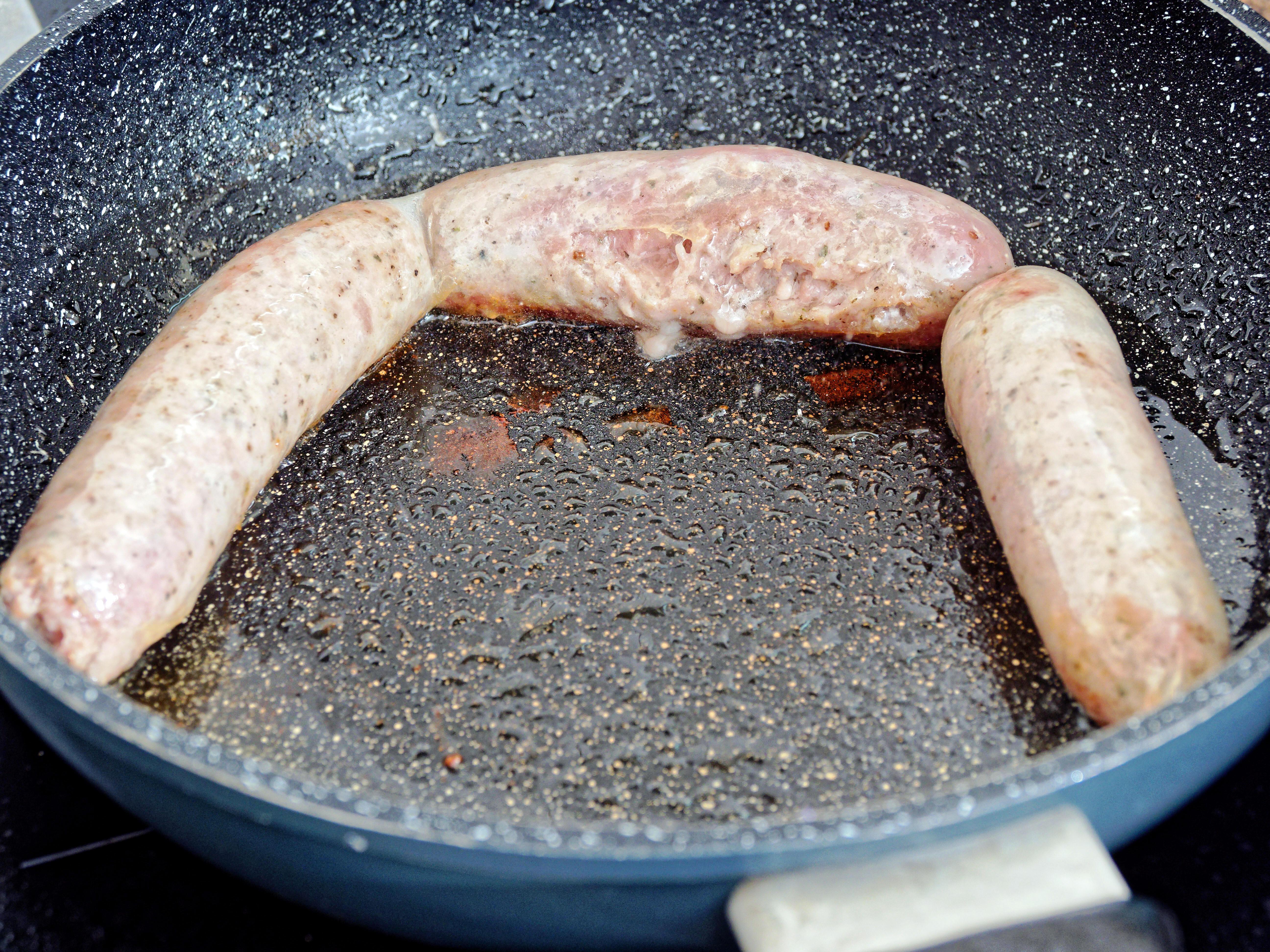 Making-sausages-35.jpeg