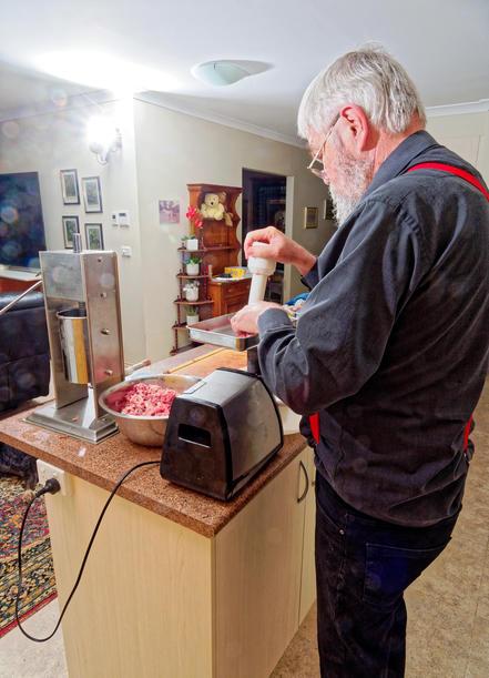 Making-sausages-22.jpeg