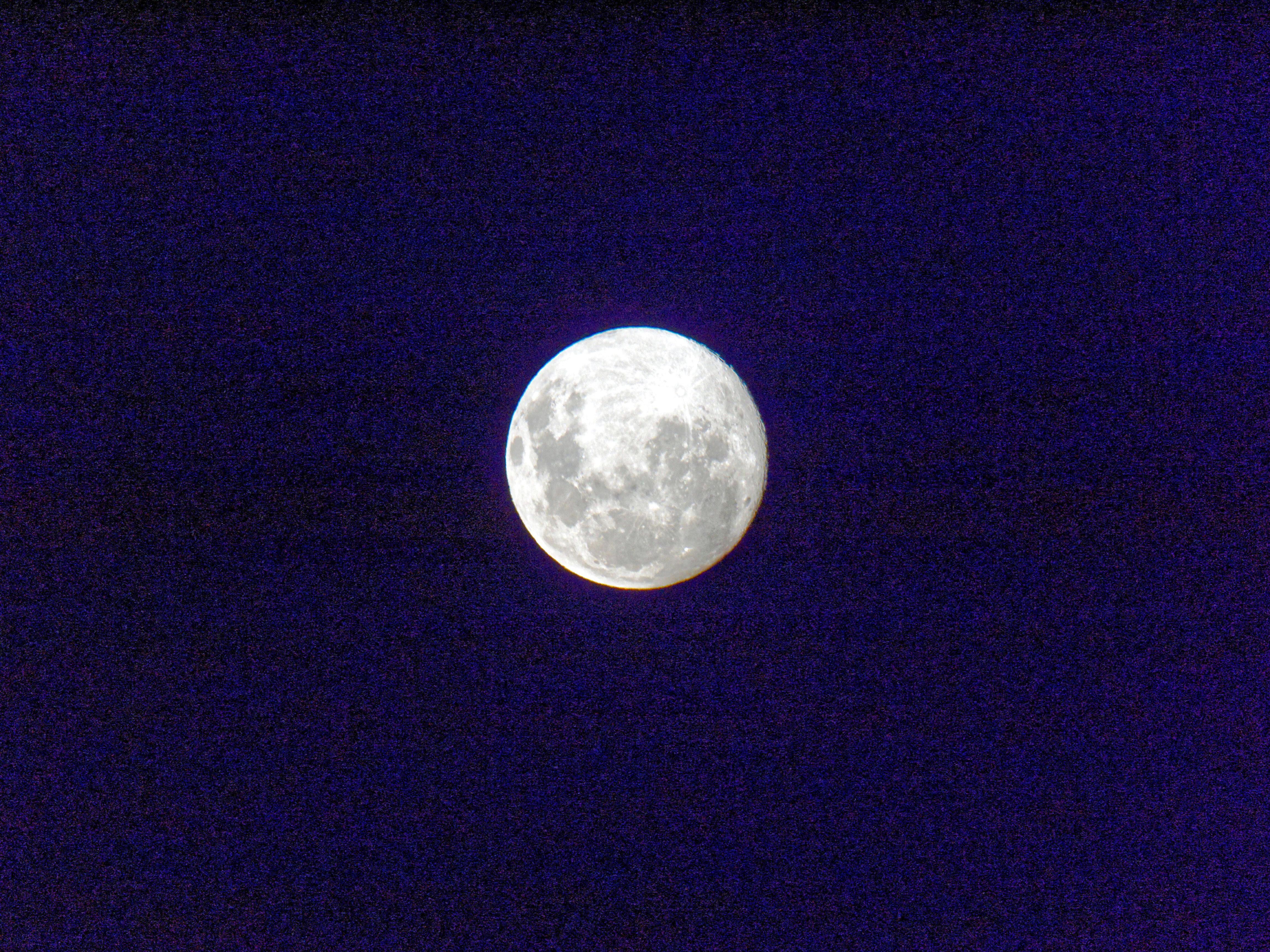 Moon-9.jpeg