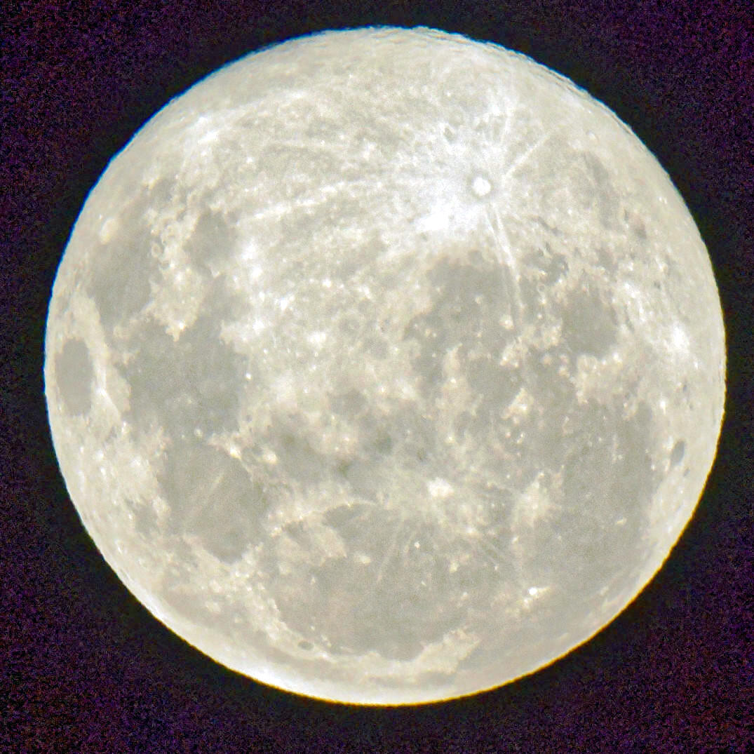Full-moon-1.jpeg