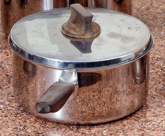 Saucepans-detail.jpeg