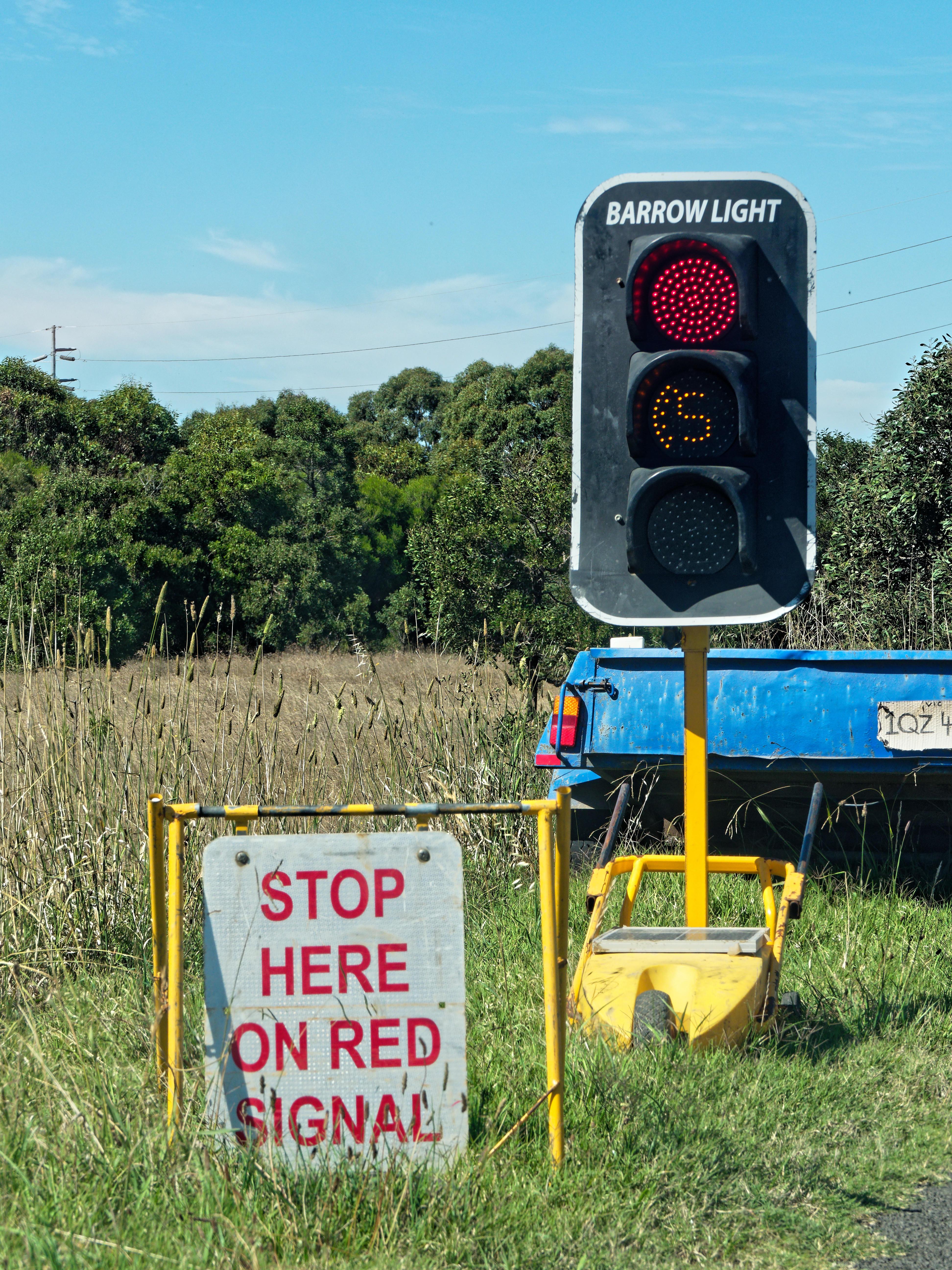 Automatic-traffic-lights.jpeg