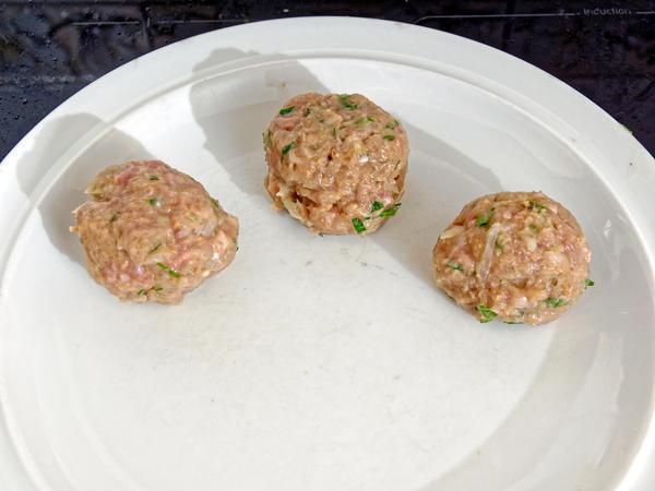 Chicken-and-chestnut-balls-4.jpeg