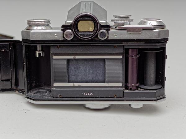 Edixa-Reflex-1.jpeg
