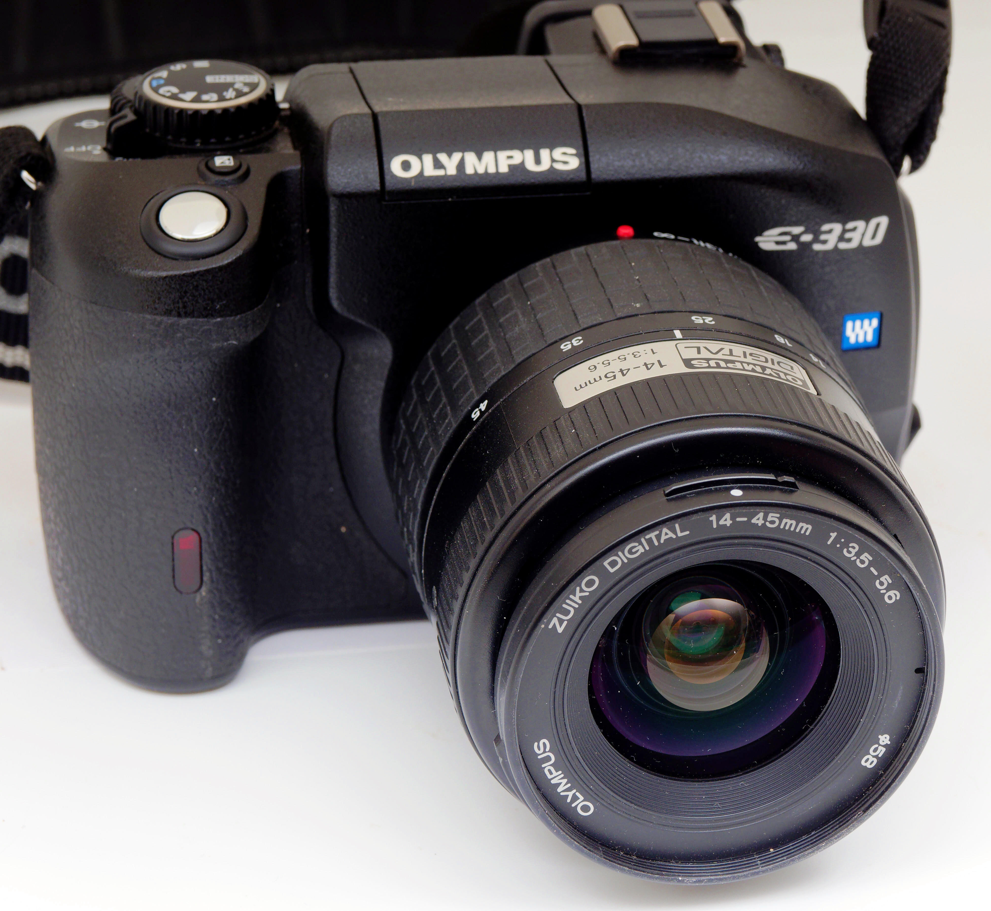 Olympus-E330-11.jpeg
