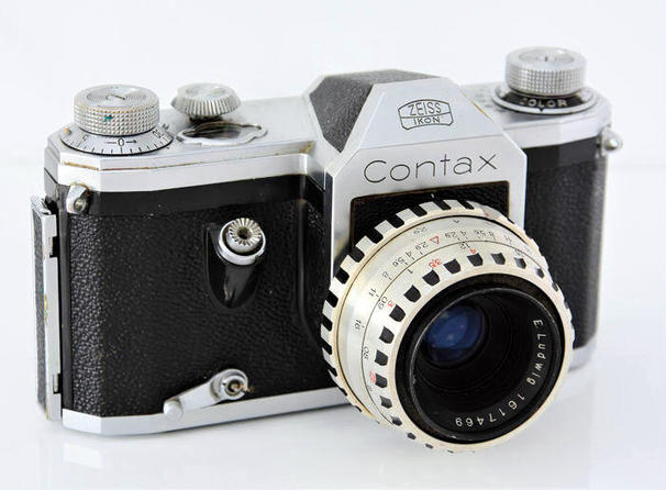 Contax-S-with-cocked-self-timer.jpeg