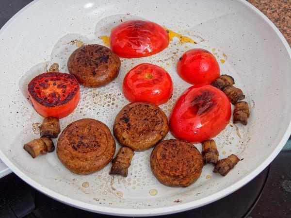 Ceramic-frying-pan-7.jpeg