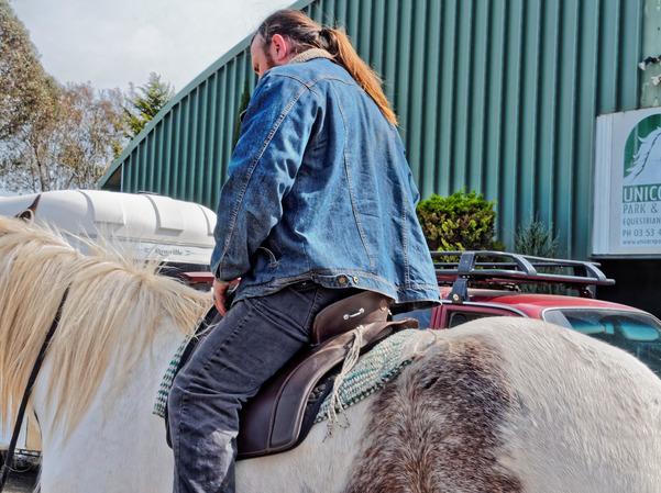 saddle-fitting-13.jpeg